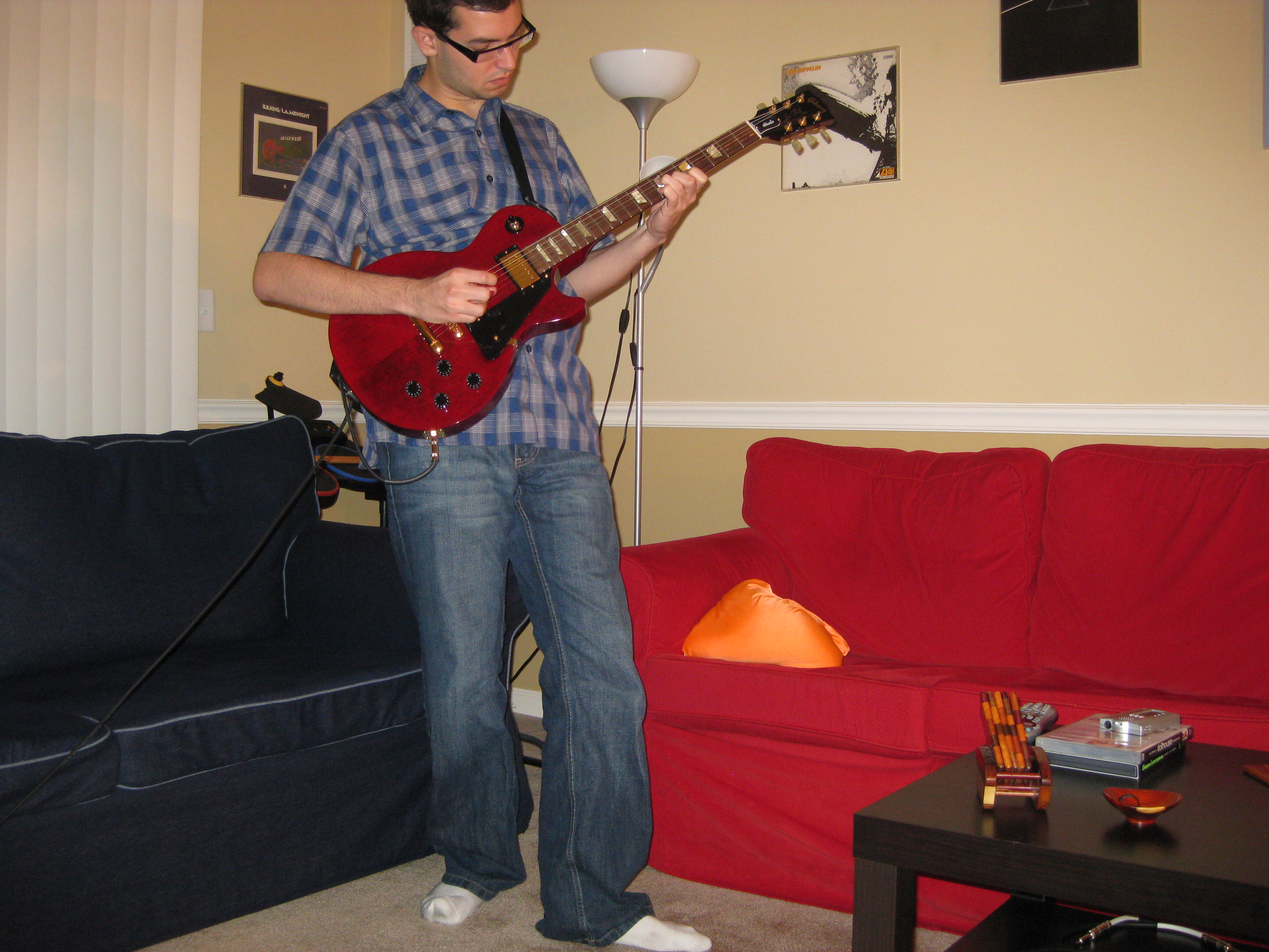 Playing my beloved Les Paul Studio