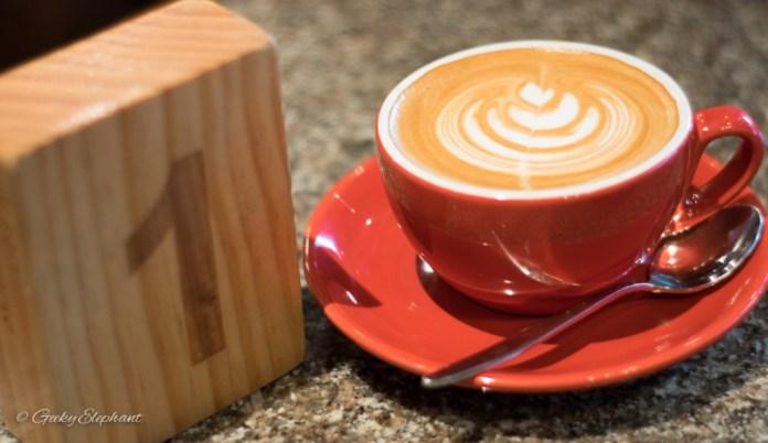 Artisan Boulangerie Co.: Cappuccino.