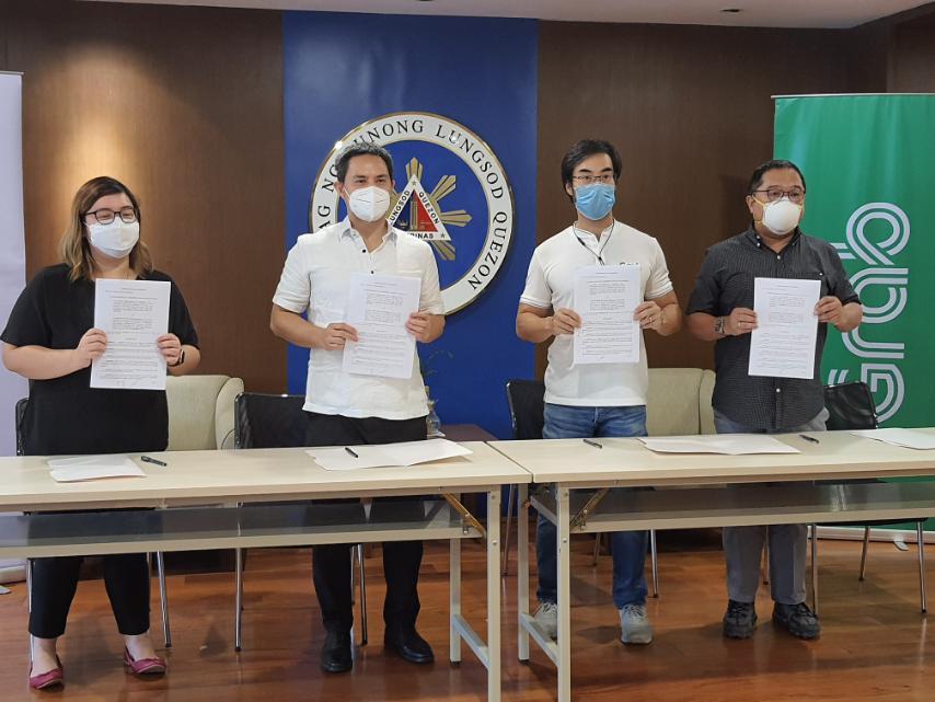 Grab Quezon City govt moa signing