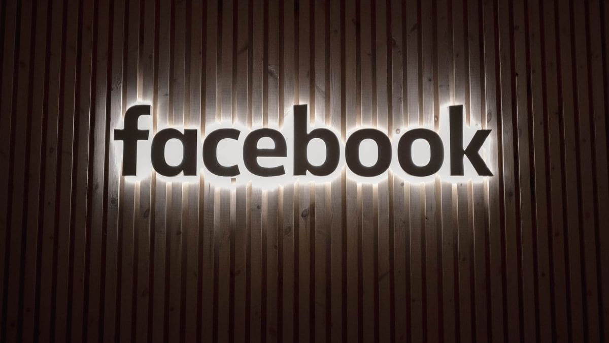 Facebook is looking at Indian investment startups 3