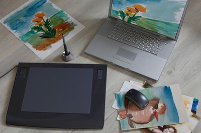 8 Best Graphic Tablets in India for Photoshop, Designers & Teaching 1
