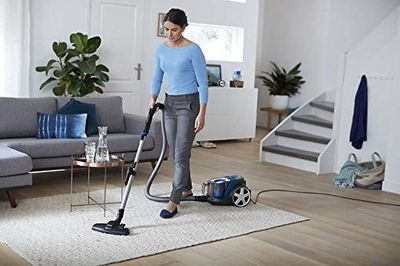 Philips PowerPro Bagless Vacuum Cleaner [FC9352/01] Review 2