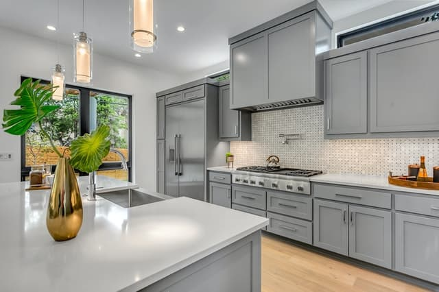 How much does a small modular kitchen cost?