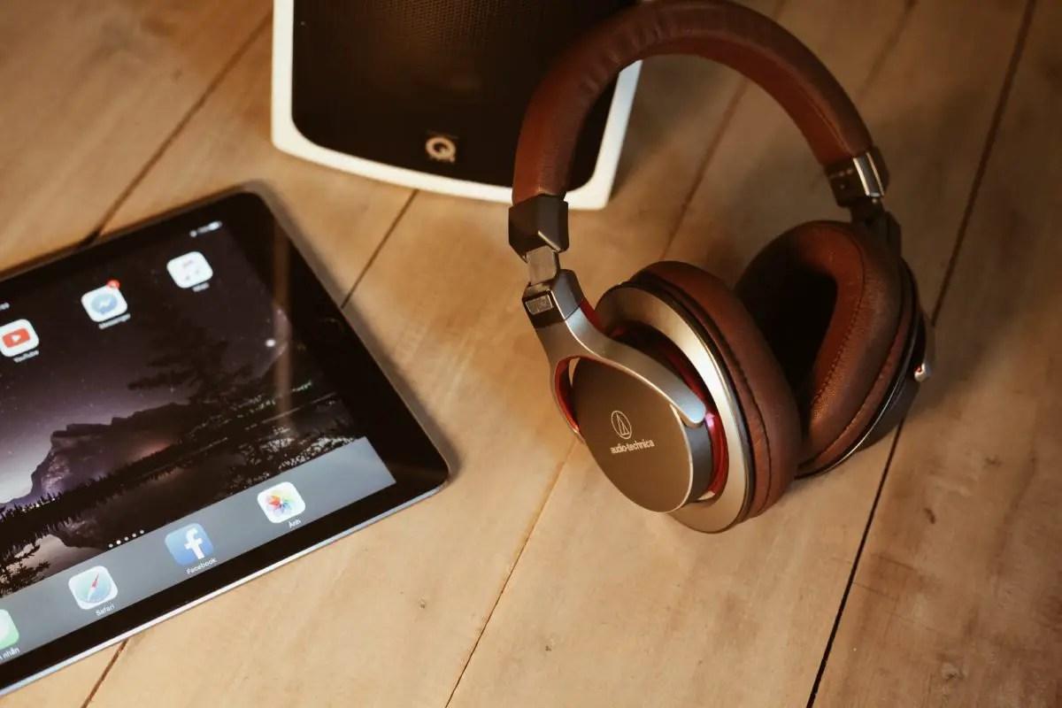 Best wirelesss buetooth headphones