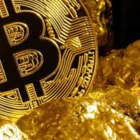 Bitcoin Versus Gold: Which Asset Is Going to Emerge Stronger After The Coronavirus