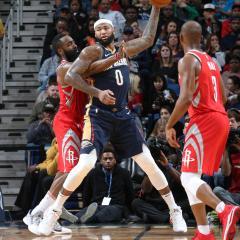 Pelicans koki ison menetyksen – tähtisentterin pelit pelattu