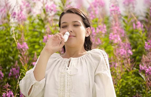 Nasenspraybenutzung im Frühling