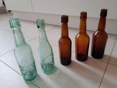 Historische Bierflaschen (Foto: Mike)
