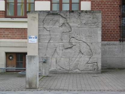 Relief in der Nonnenstraße