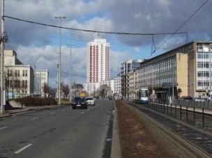 Hauptpost (rechts)