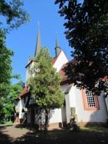 Kirche Wahren