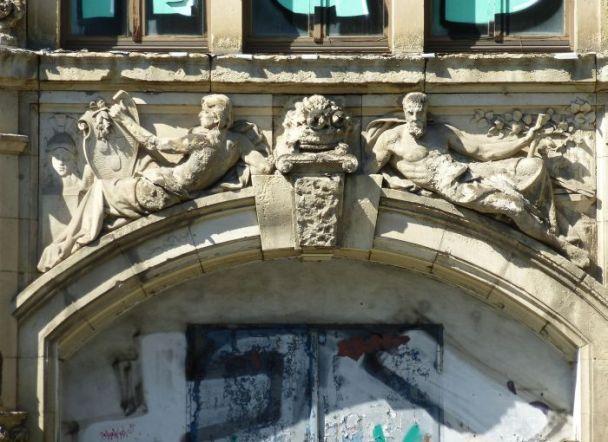 Bugra-Messehaus, Gerichtsweg