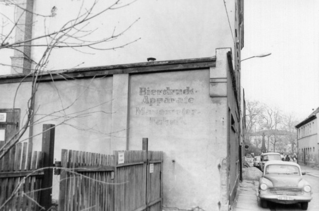 Bierdruck-Apparate, Manometer-Fabrik