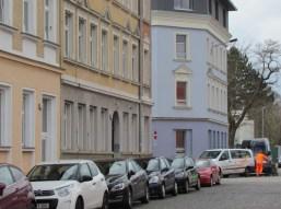 """Stammerstraße März 2016, am blauen Haus stand """"Lebensmittel"""""""