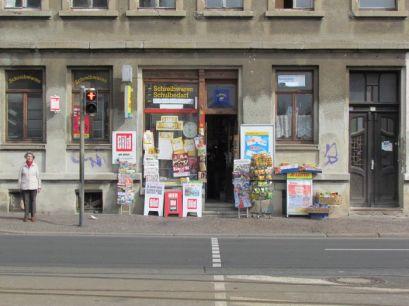Zeitungsladen am Straßenbahnhof Möckern