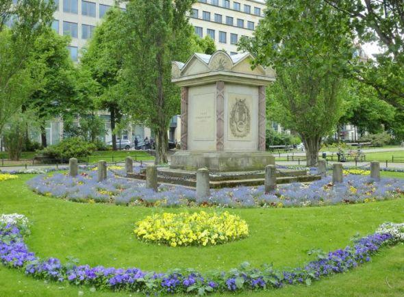 Von den dankbaren Bürgern Leipzigs - Müllerdenkmal