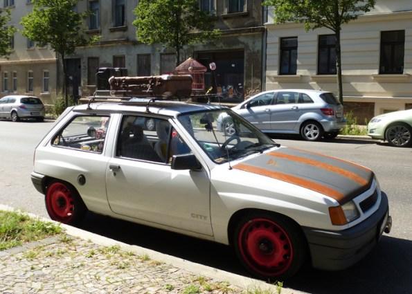 Kleiner Ratten-Opel in Wahren