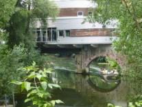 Blick von der Nonnenbrücke aufs Riverboat