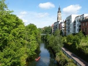 Karl-Heine-Kanal mit Philippuskirche