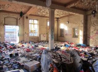 Müll im Bf. Leutzsch, Februar 2015
