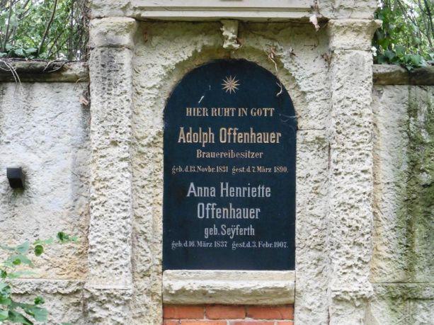 Adolph Offenhauers Grab in Lindenau