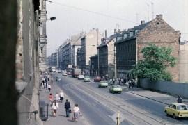 Ernst-Thälmann-Straße 1987 (Foto: Harald Stein, Wortblende)