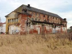 Dux-Gebäude neben dem Polyphon-Gelände