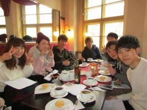 Die Gruppe aus Kyoto im Kaffeebaum