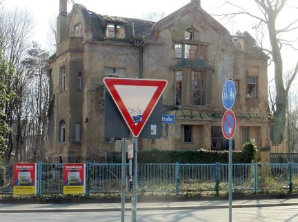 Hans-Driesch-Straße 17 im März 2020