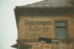 Chaiselongues in der Zweinaundorfer Straße 78