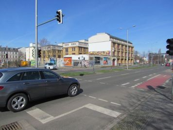 Grenzstraße 21 heute (Ludwig-Erhard-Straße)