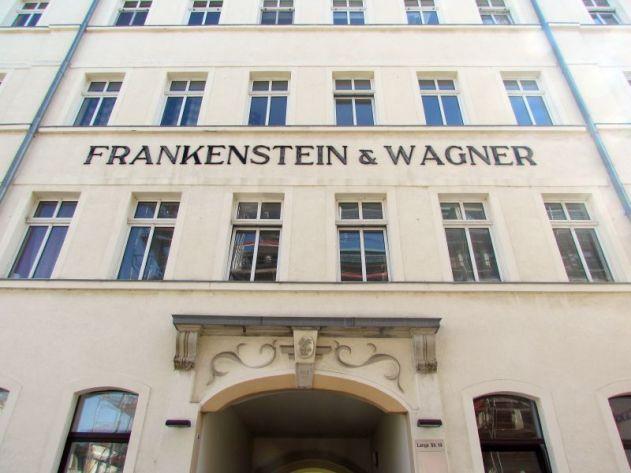 Frankenstein & Wagner, Lange Straße