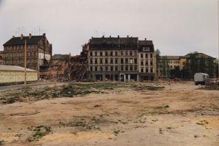 Prager Straße 1992, Höhe Schulgasse (Foto: Norbert Lotz)
