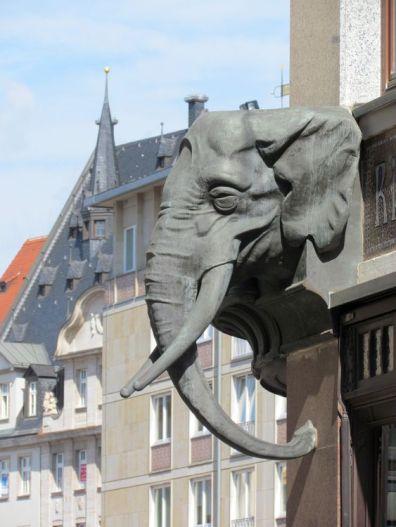 Elefantenkopf vom Riquethaus