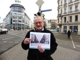 Harald Stein am Beginn der Eisenbahnstraße