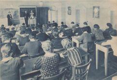 Dr. Hans Garms schult Mitarbeiterinnen, Thalysia-Monatshefte, März 1938