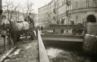 Schnee-Entsorgung an der Funkenburgbrücke, 1950er (Foto: Karl-Heinz Mai)