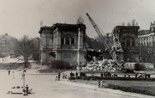 Abriss des Alten Gewandhauses in den 1960ern