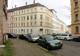 Ehem. Sparkasse Schneider- / Ecke Grunertstraße