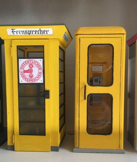 Alte Telefonzellen, Nachbau: Dietrich Boddin
