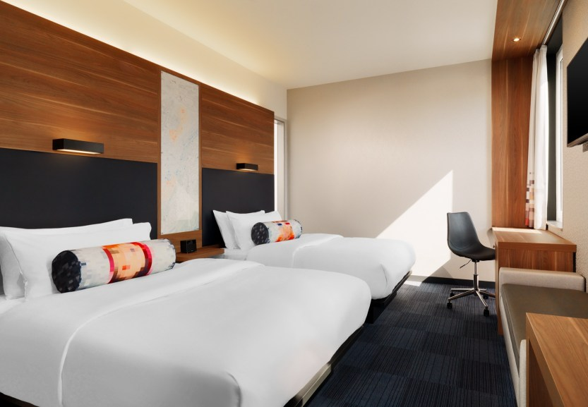 Aloft_Stuttgart_LoftRoom@2015 Starwood Hotels und Resorts Worldwide