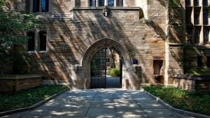 Institution Universität Yale