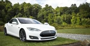Tesla elektrisches modernes Kfz