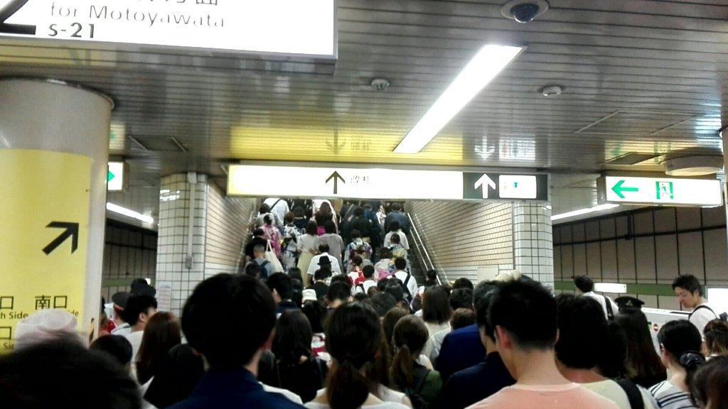 江戸川花火大会当日の篠崎駅の混雑具合