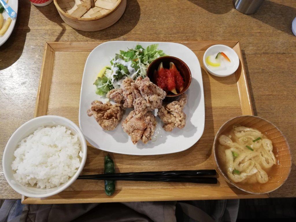 瑞江マチカフェプラス唐揚げ定食