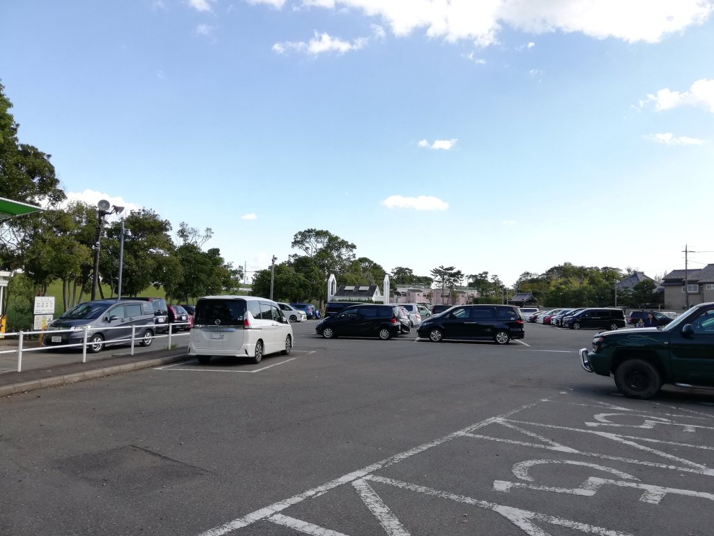 江戸川区篠崎公園の駐車場
