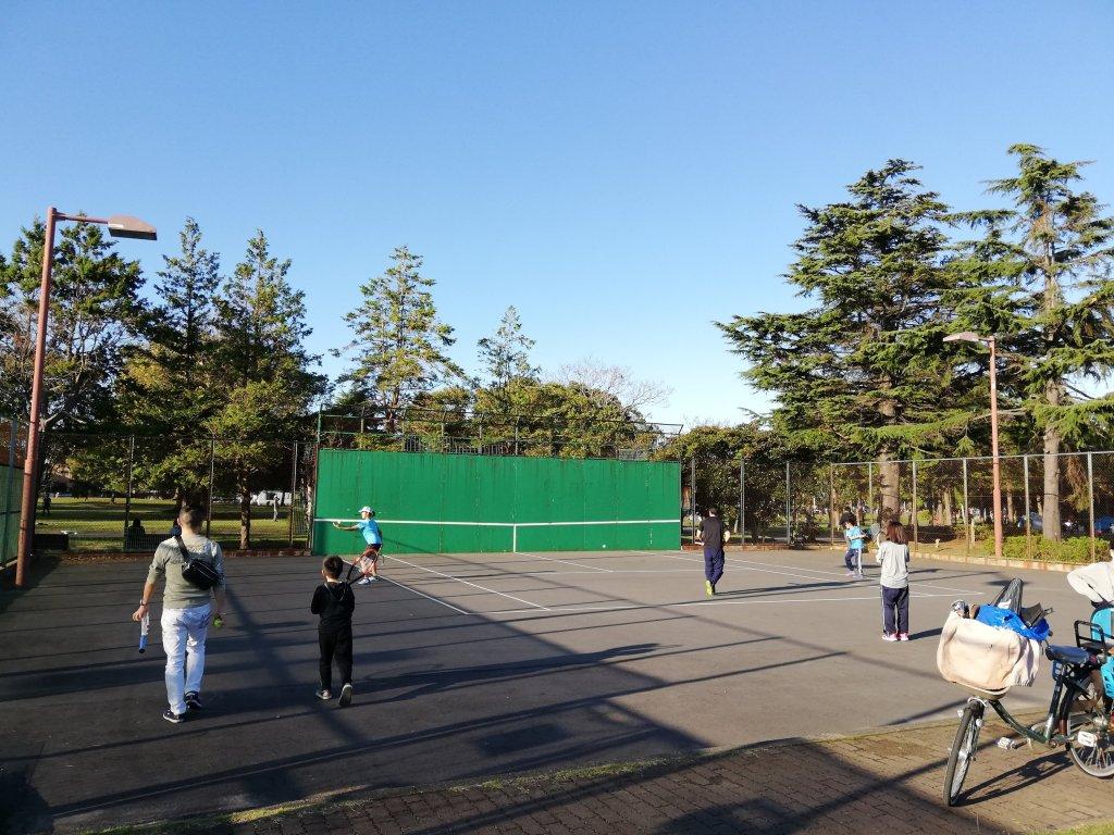 江戸川区篠崎公園のテニス壁打コート