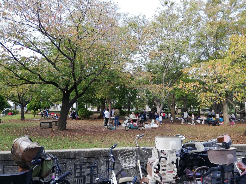 江戸川区篠崎公園のバーベキュー広場