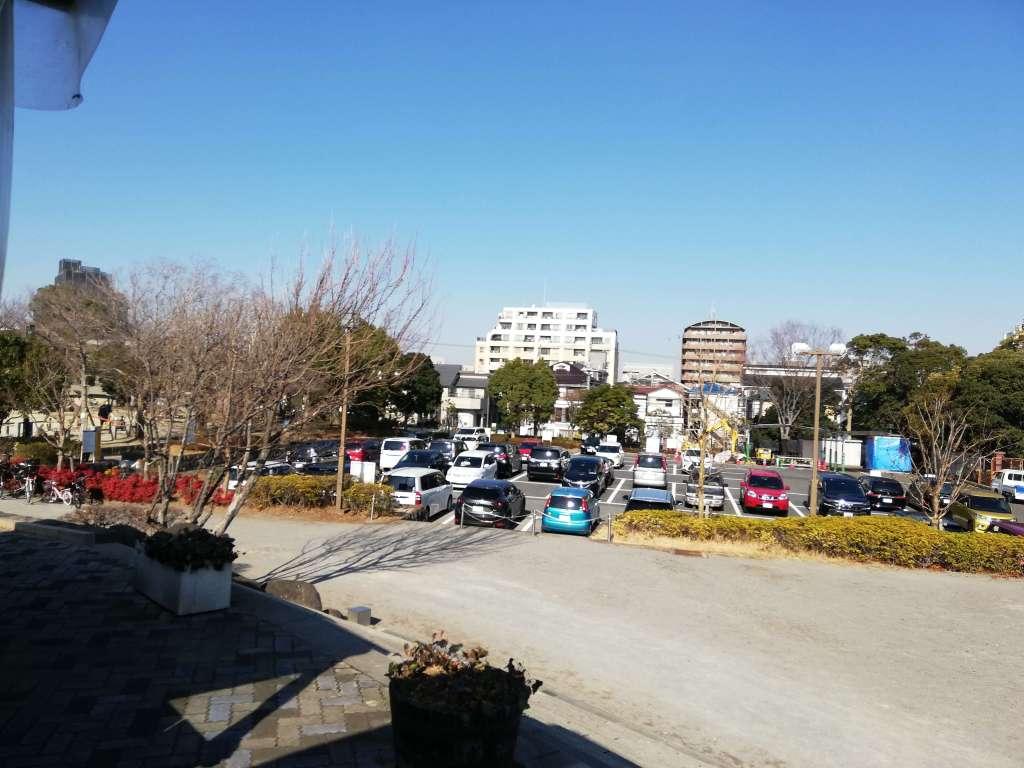 江戸川区南葛西の富士公園の駐車場