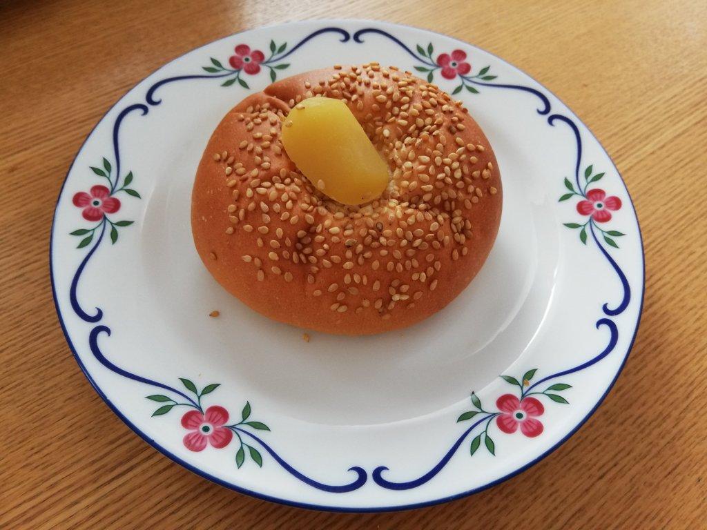 Panificio Pane(パニフィシオ パーネ)の栗あんパン